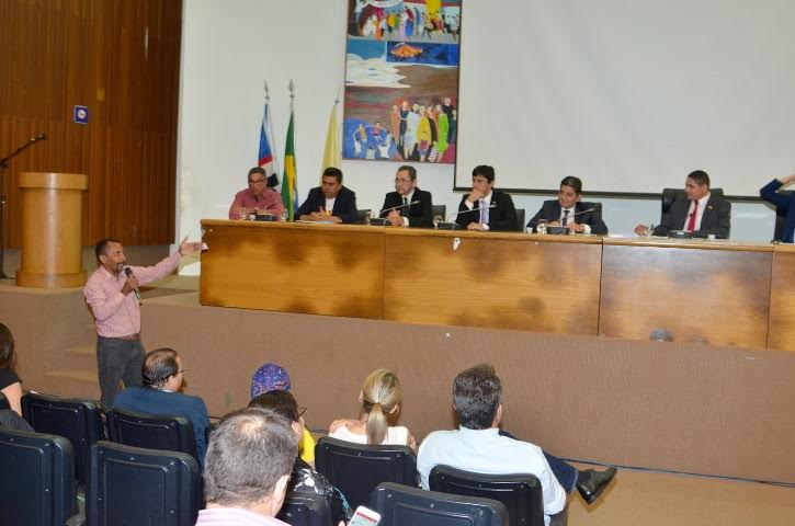 Deputado Zé Inácio realiza audiência pública sobre ferry-boats