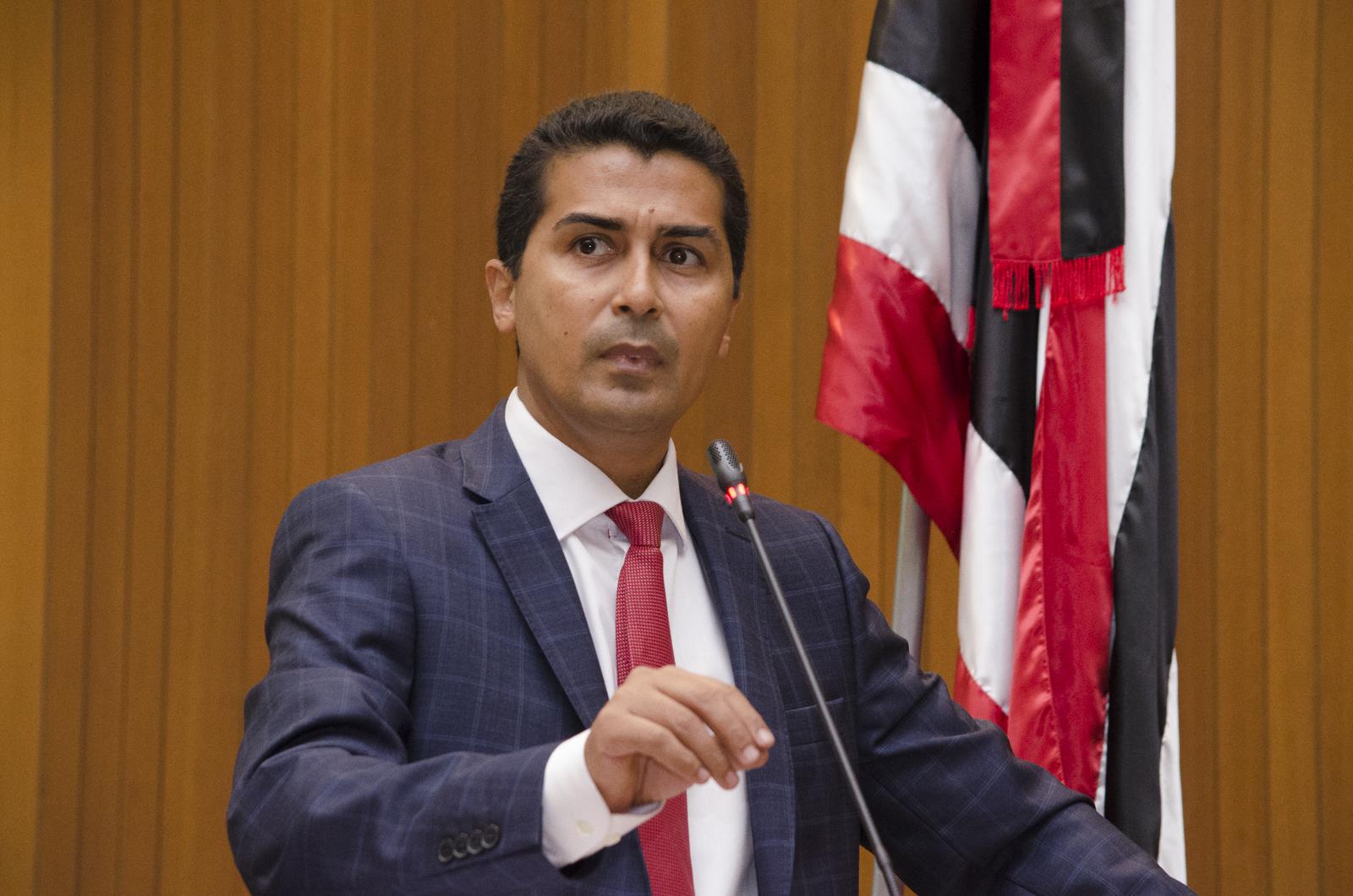 Deputado Professor Marco Aurélio repudia ataques ao governador Flávio Dino