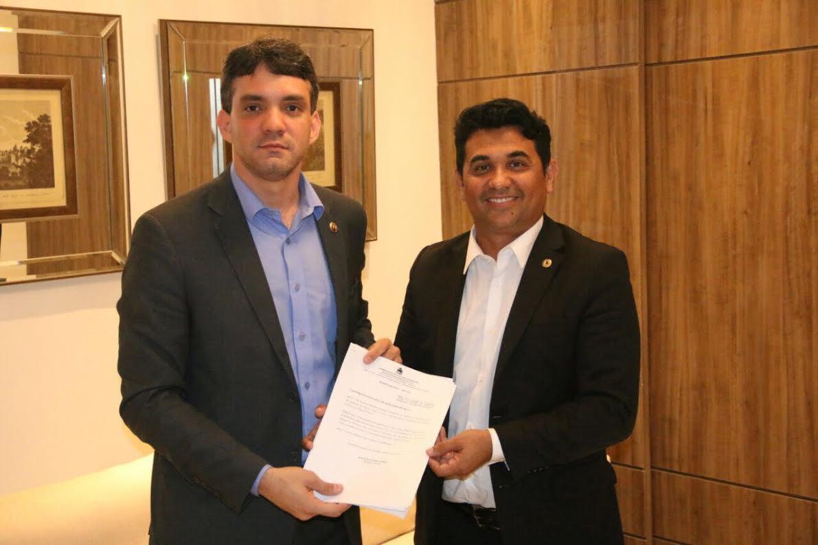 Projeto de Wellington que proíbe apreensão de veículo por IPVA atrasado recebe apoio da OAB/MA