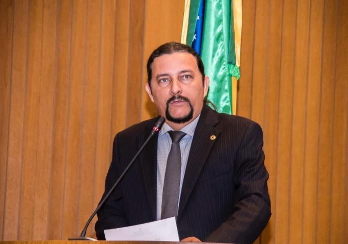 Júnior Verde defende investimentos na Educação e destaca a construção do IEMA de Brejo