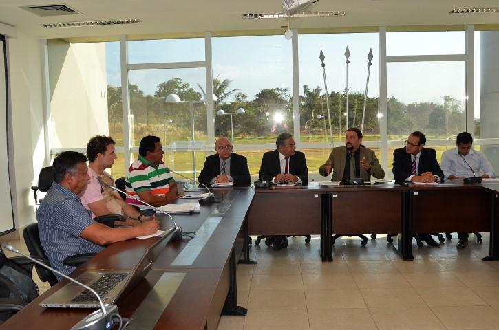 Frente Parlamentar debate proposta de regulamentação da carcinicultura no Maranhão