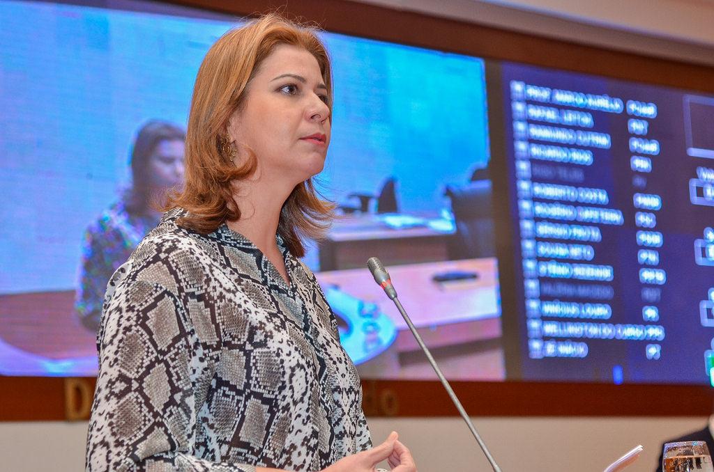 Valéria Macedo solicita Delegacia Especial de Proteção ao Idoso em Codó