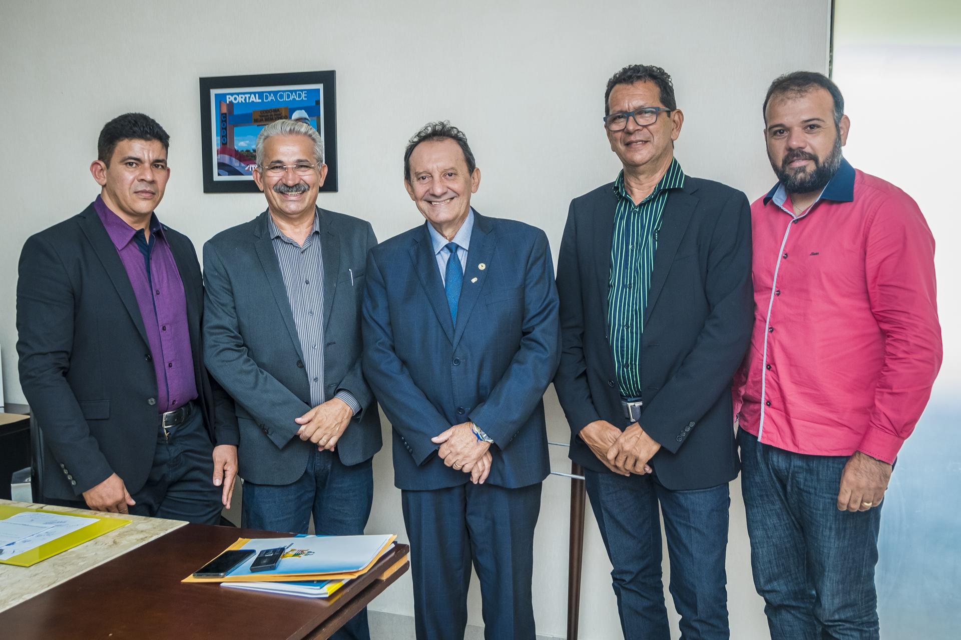 Zito Rolim recebe comitiva do CDL de Codó e reafirma apoio à Frente Parlamentar da Micro e Pequena Empresa