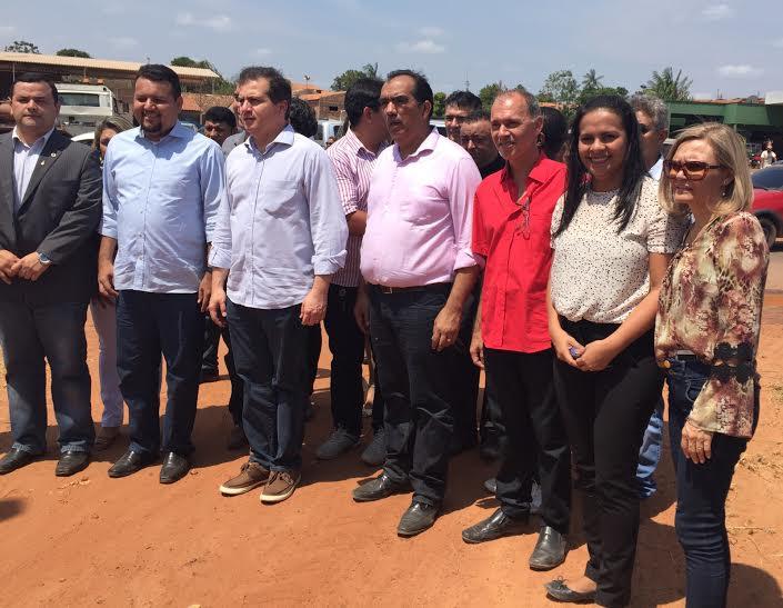 Deputada Ana participa de inauguração de estrada na região do Médio Mearim