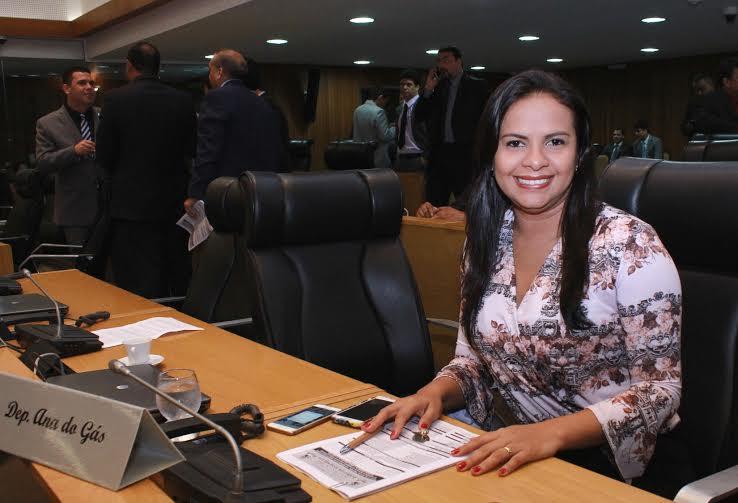 Deputada Ana do Gás consegue regulamentação do Fundo Estadual de Recursos Hídricos