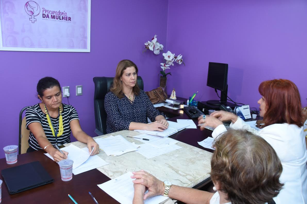 Deputada Valéria Macedo quer um Observatório Estadual de Políticas para Mulheres