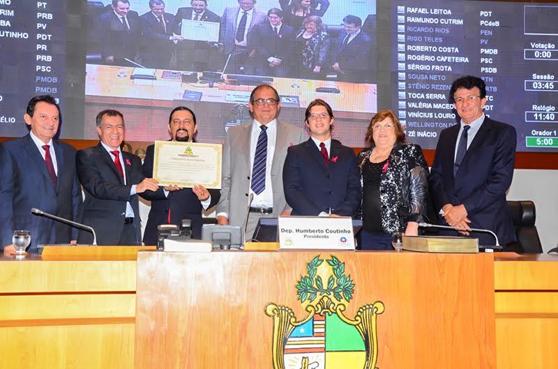 Assembleia Legislativa concede Título de Cidadão Maranhense ao diretor Carlos Alberto Ferreira