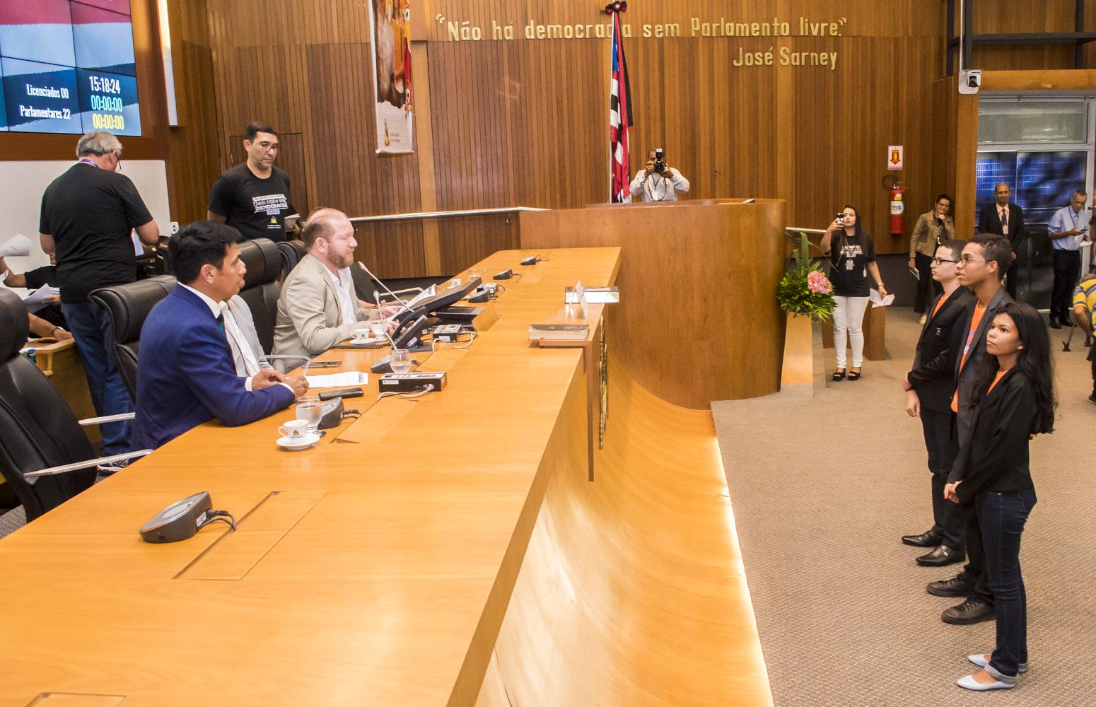 Deputados estudantes tomam posse na Assembleia Legislativa do Maranhão