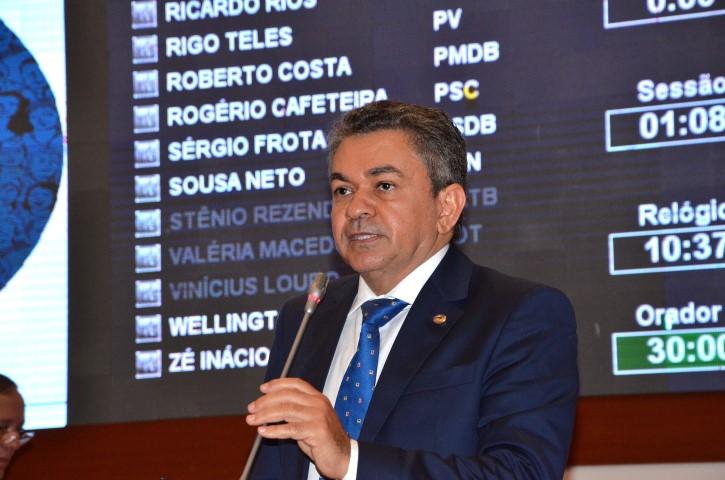 Antônio Pereira aciona Flávio Dino para  reformar e ampliar escola em Amarante
