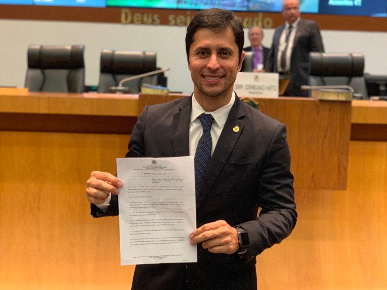 Aprovada lei que busca garantir mais transparência ao consumidor durante a Black Friday