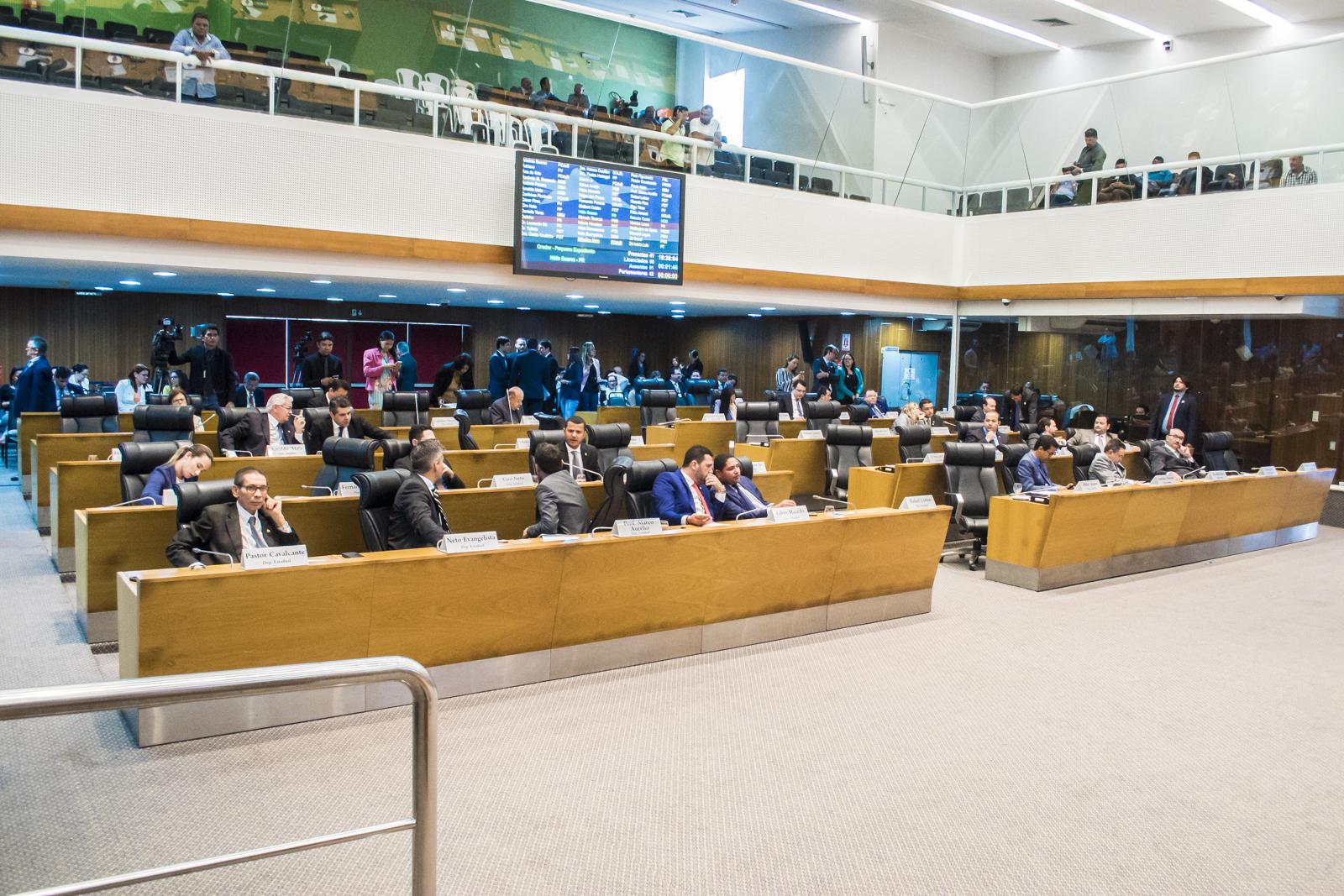 Partidos começam a definir lideranças e composição de Comissões Técnicas