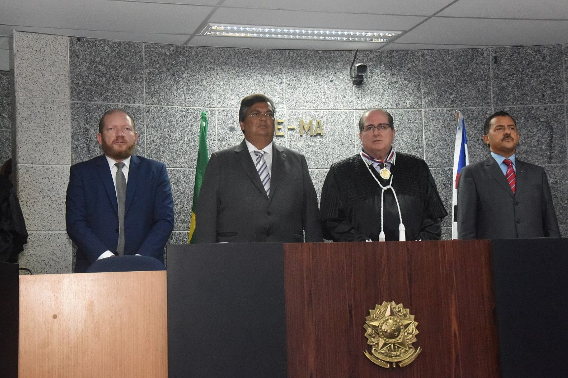 Presidente da Assembleia prestigia posse dos novos dirigentes do TRE
