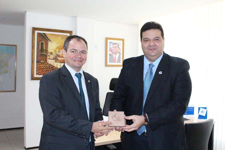 Rafael Leitoa solicita ao Governo instalação do Curso de Direito na Uema de Timon