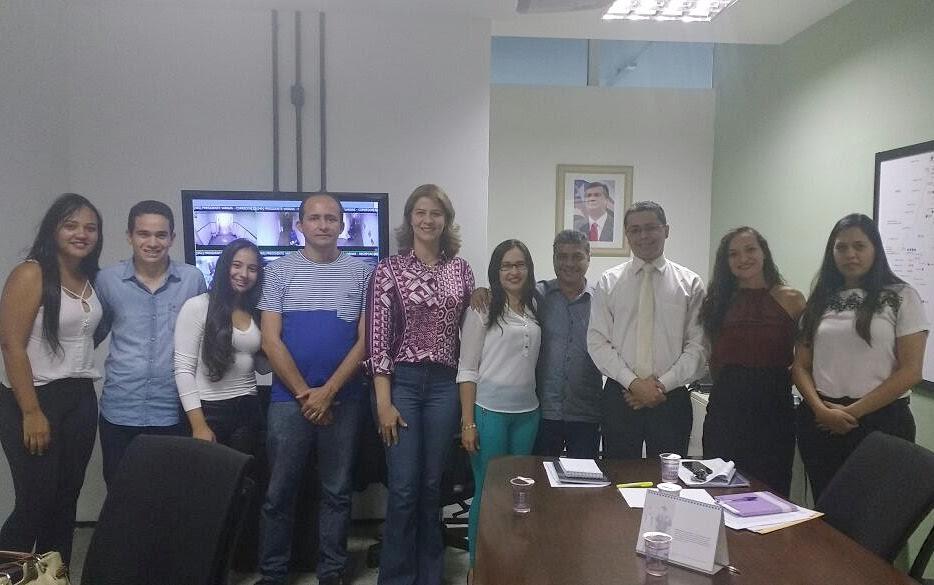 Deputada Valéria Macedo recebe prefeito eleito e garante ajudar Montes Altos
