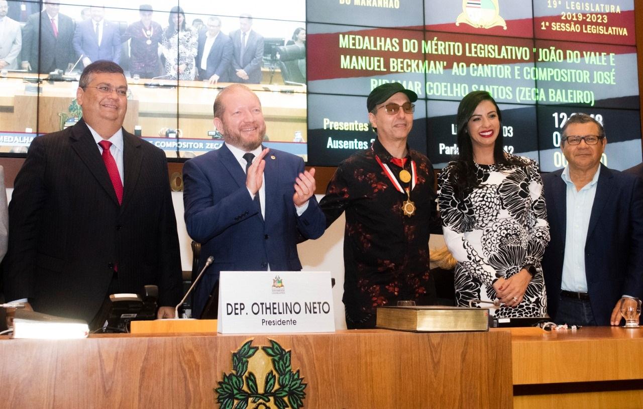 Assembleia homenageia Zeca Baleiro com as Medalhas 'Manuel Beckman' e 'João do Vale'