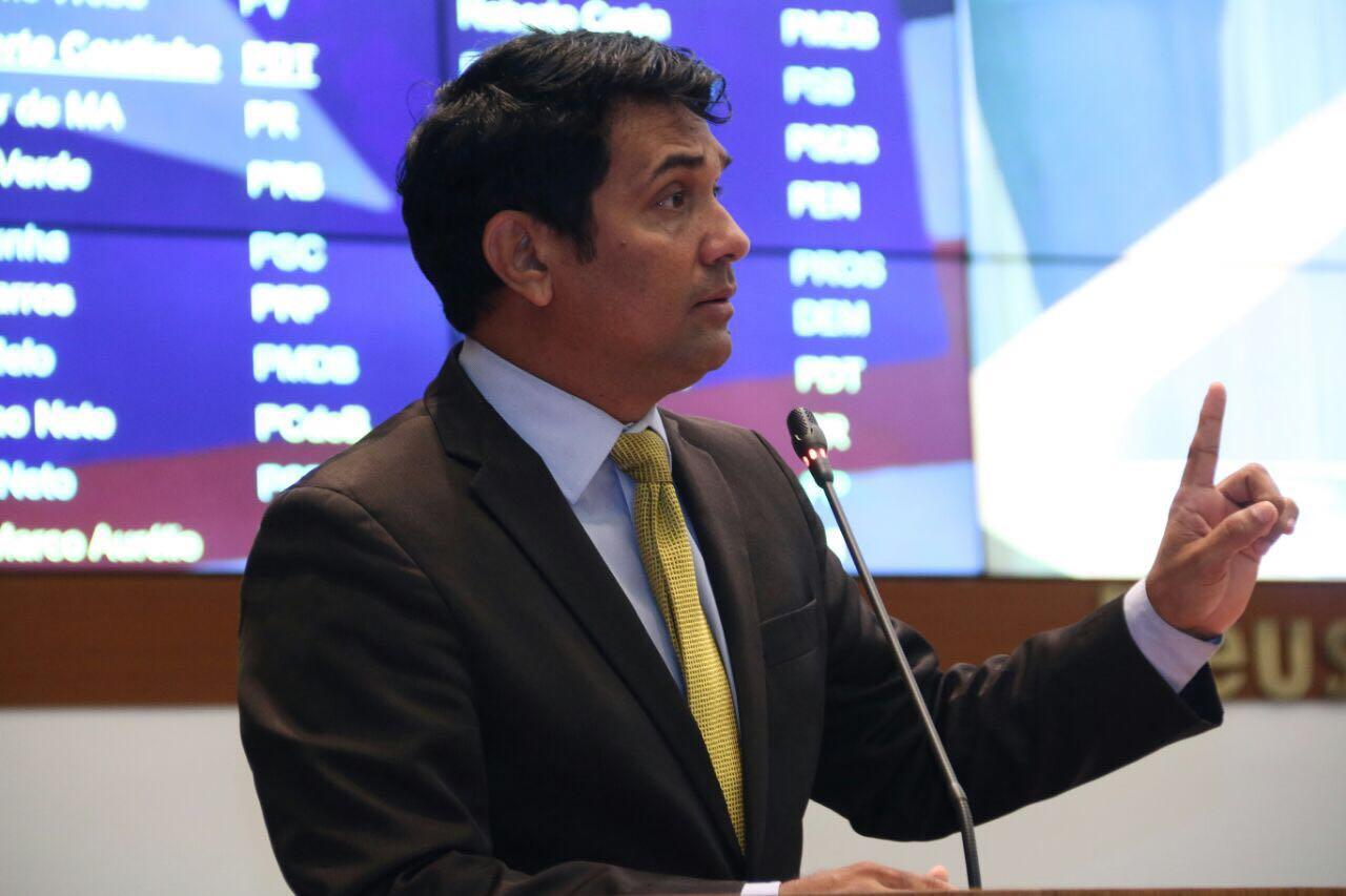 Wellington denuncia suposta desestatização da Caema
