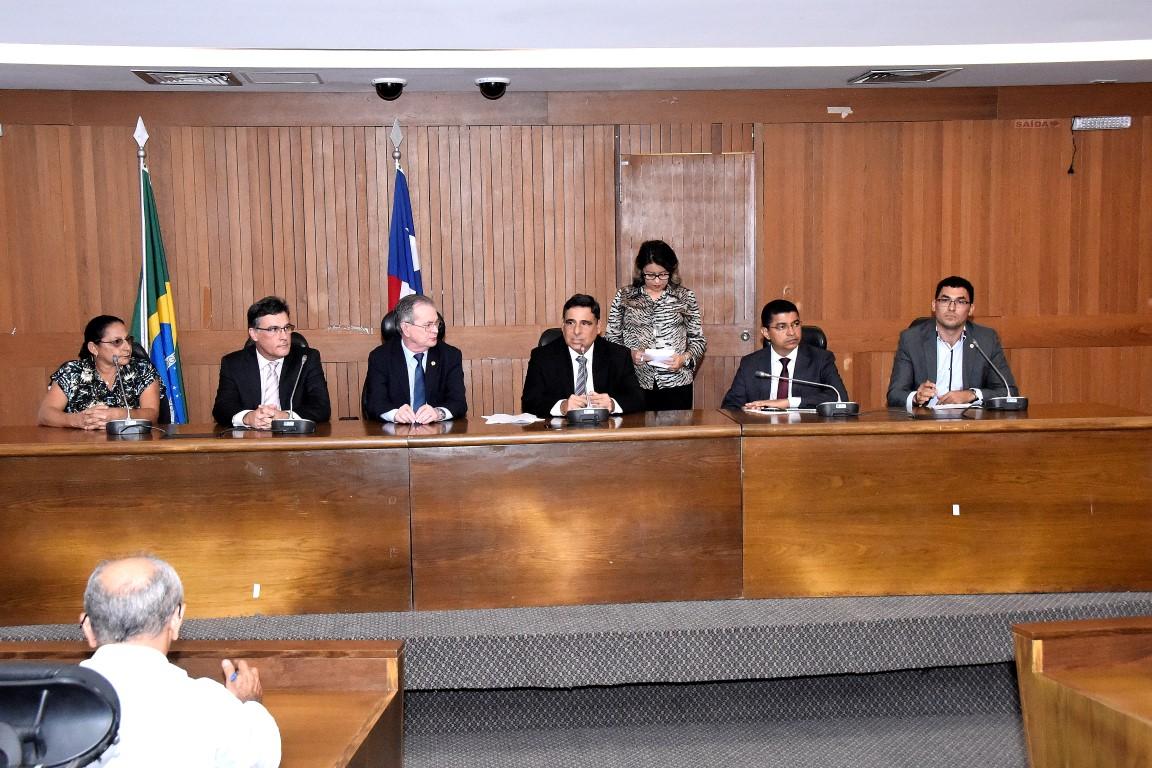 Em Audiência, Max Barros cobra explicações do superintendente do BB sobre fechamento de agências