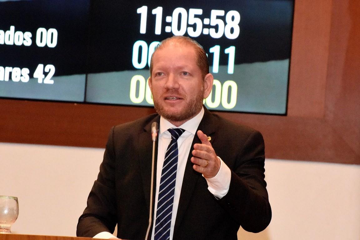 Othelino Neto destaca desempenho do Cordino no futebol maranhense