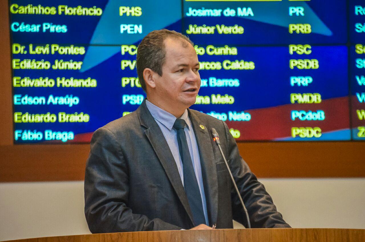Rafael Leitoa parabeniza Assembleia de Deus de Timon pelos 70 anos de fundação