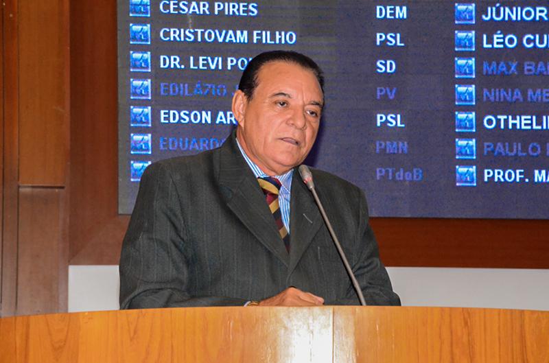 Raimundo Cutrim pede construção de quadra e ponte de concreto para municípios maranhenses