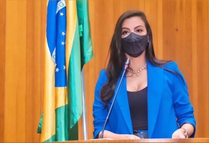 Deputada Daniella Tema ganha destaque por atuação parlamentar em favor das mulheres