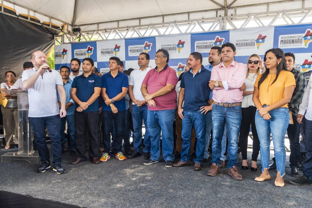 Othelino participa de inauguração da estrada que liga Barreirinhas a Paulino Neves