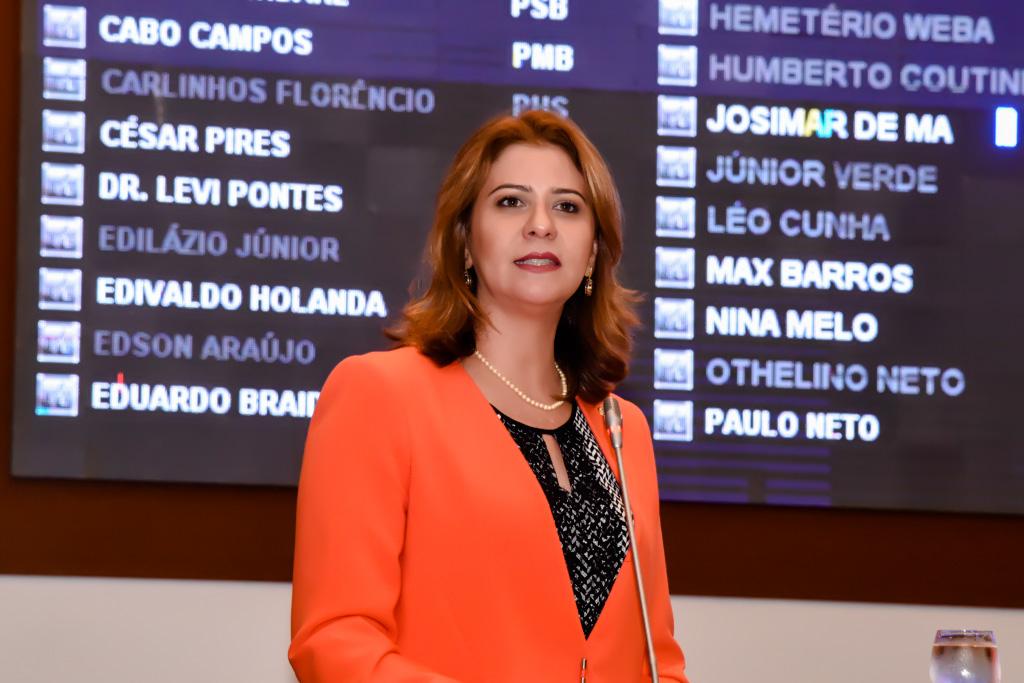 Valéria Macedo pede retomada de obra em escola de Lajeado Novo