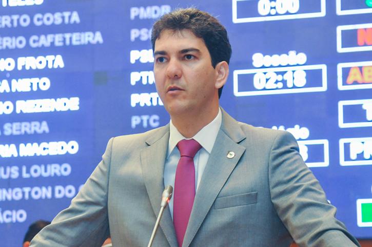 Deputado Eduardo Braide questiona propostas polêmicas da Reforma Política