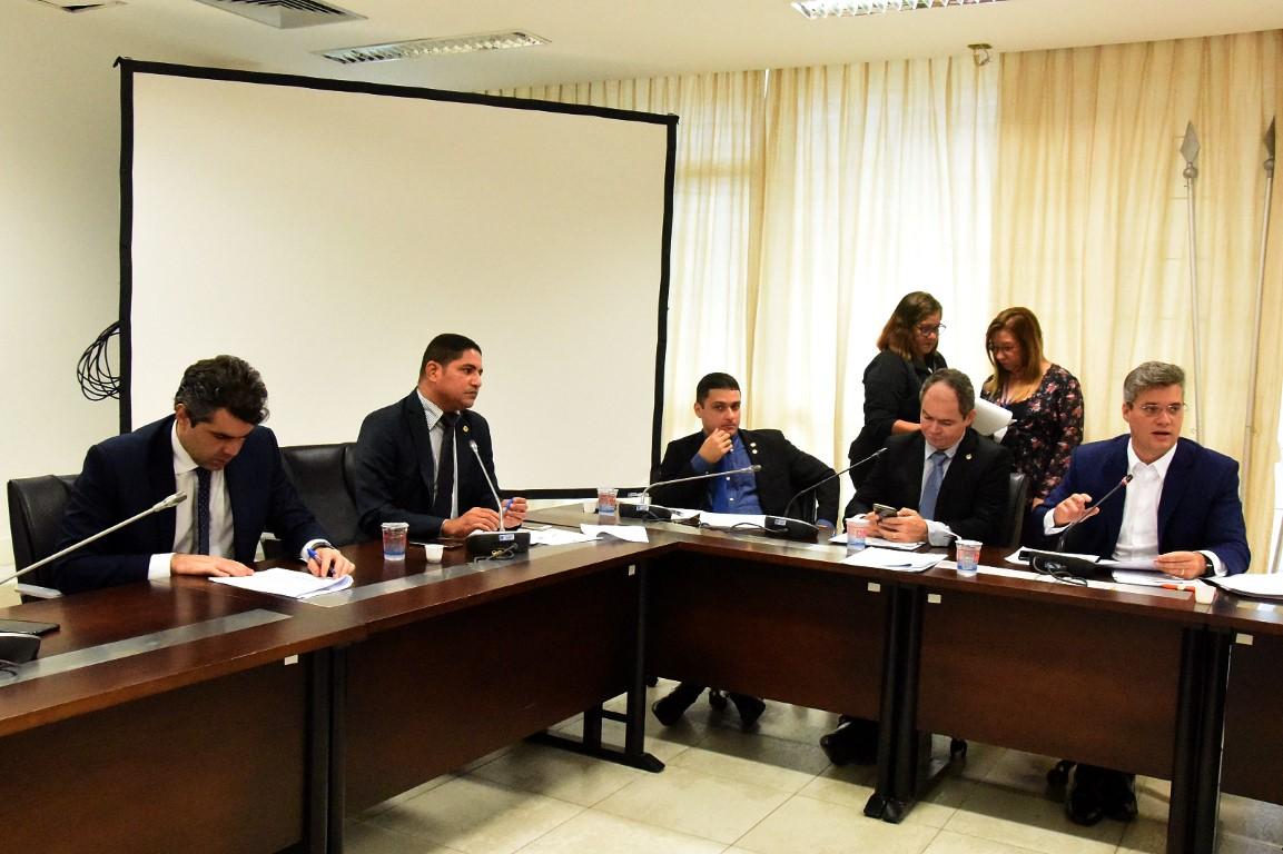 Comissão de Constituição e Justiça aprova matérias do Executivo, Judiciário e Legislativo