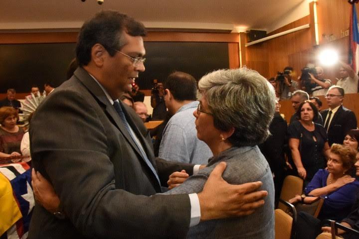 Governador Flávio Dino lamenta morte do deputado João Castelo e presta últimas homenagens