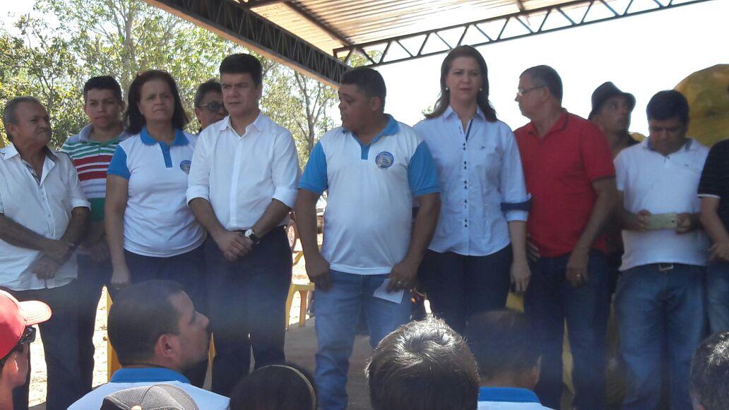 Valéria Macedo entrega 33 tanques de rede e insumos para a Associação de Aquicultores do Sul do Maranhão