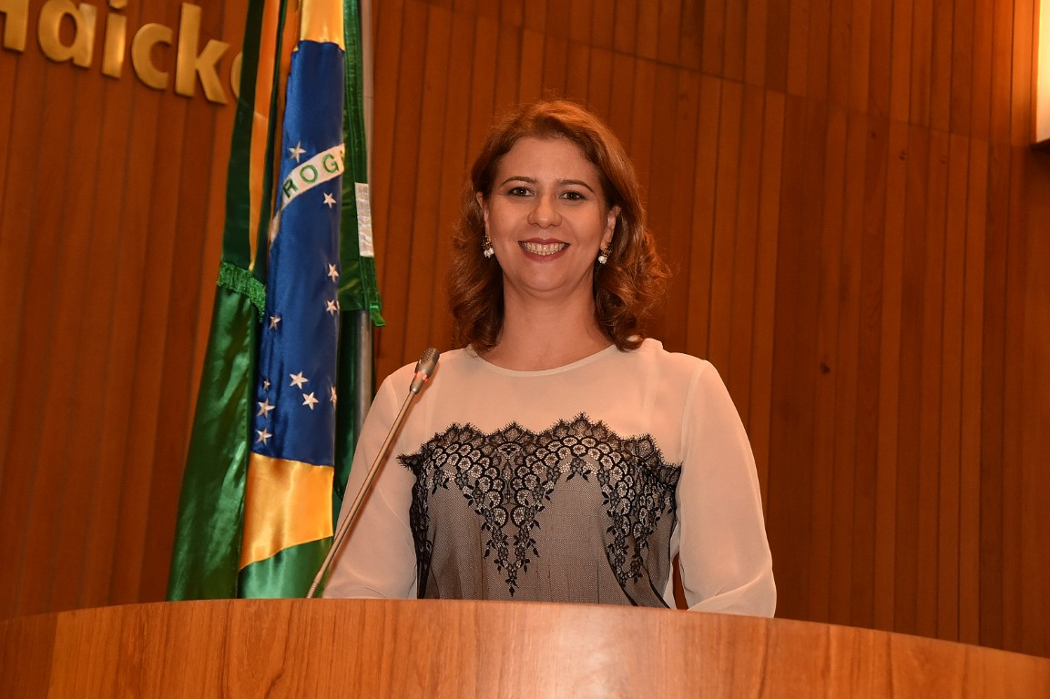 Valéria Macedo denuncia o aumento da violência contra a mulher em São Luís