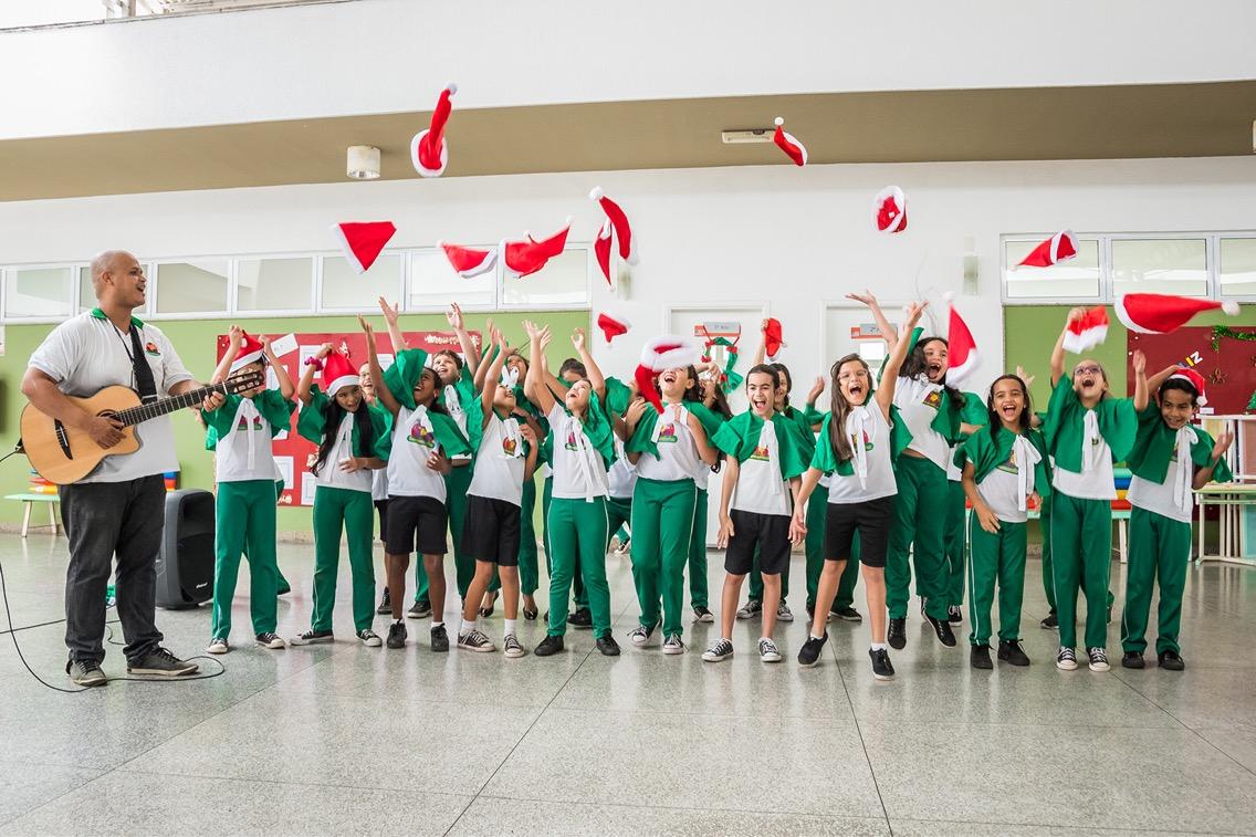 Coral da Creche-Escola Sementinha apresenta Cantata Natalina