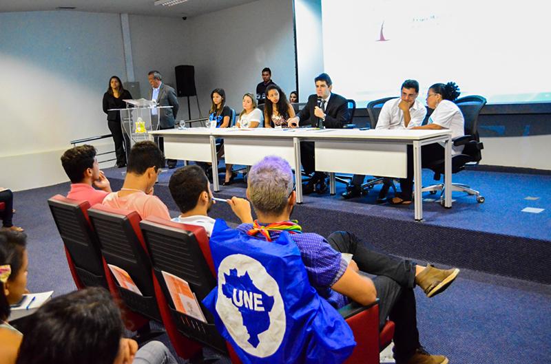 Deputado Adriano Sarney prestigia Conferência Livre da Juventude e Meio Ambiente