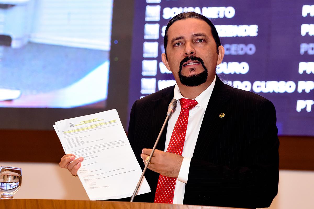 PEC de autoria de Júnior Verde que fortalece Conselhos Tutelares é promulgada na Assembleia