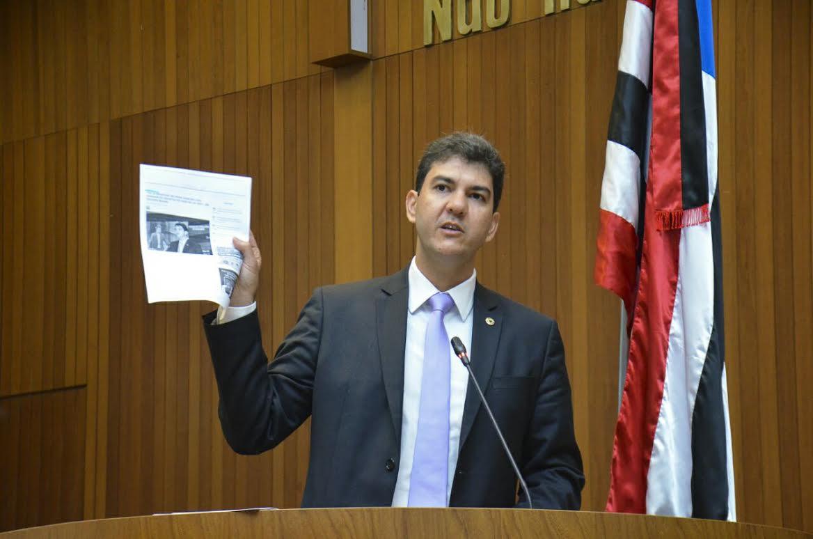 Eduardo Braide lamenta suspensão de ano letivo da Uema e cobra do Governo acordo com professores