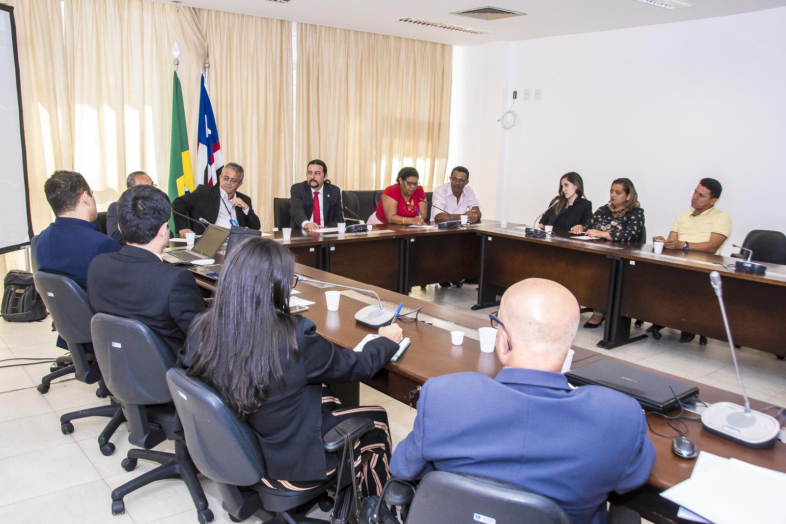 Júnior Verde coordena audiência sobre limites territoriais entre São Bento e São Vicente de Férrer