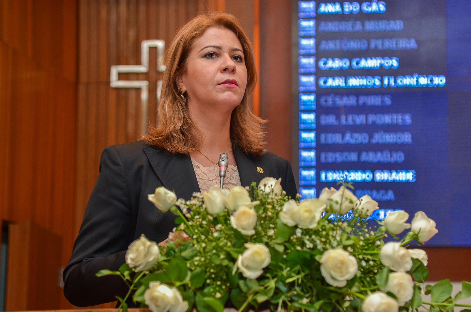 Valéria Macedo destaca a realização de eleições unificadas para conselheiros tutelares