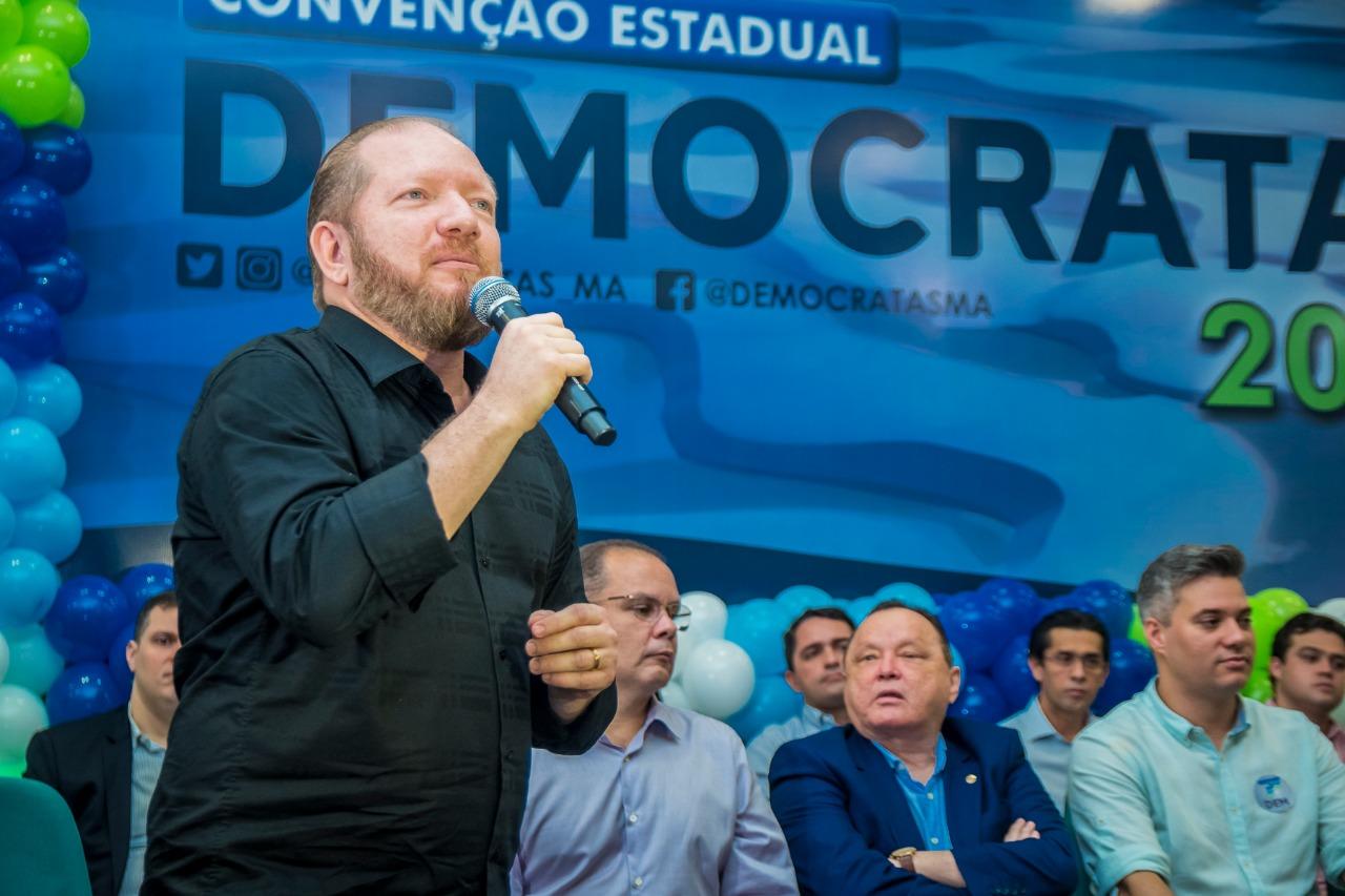 Othelino prestigia convenção do DEM e destaca importância do partido na atual conjuntura política
