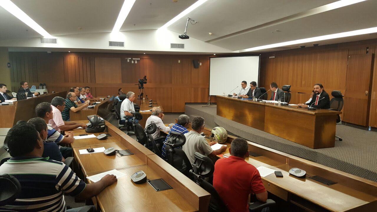 Júnior Verde retomará discussões para alterar projeto que regulamenta o transporte alternativo