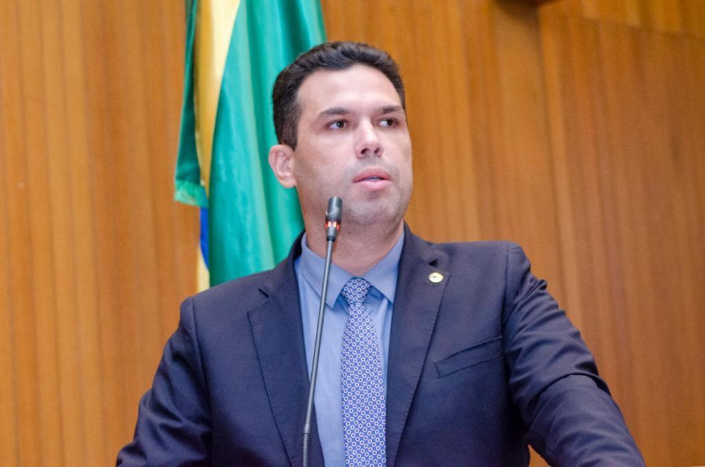 Fábio Macedo pede explicações da empresa Eneva sobre exploração de gás e petróleo no Maranhão