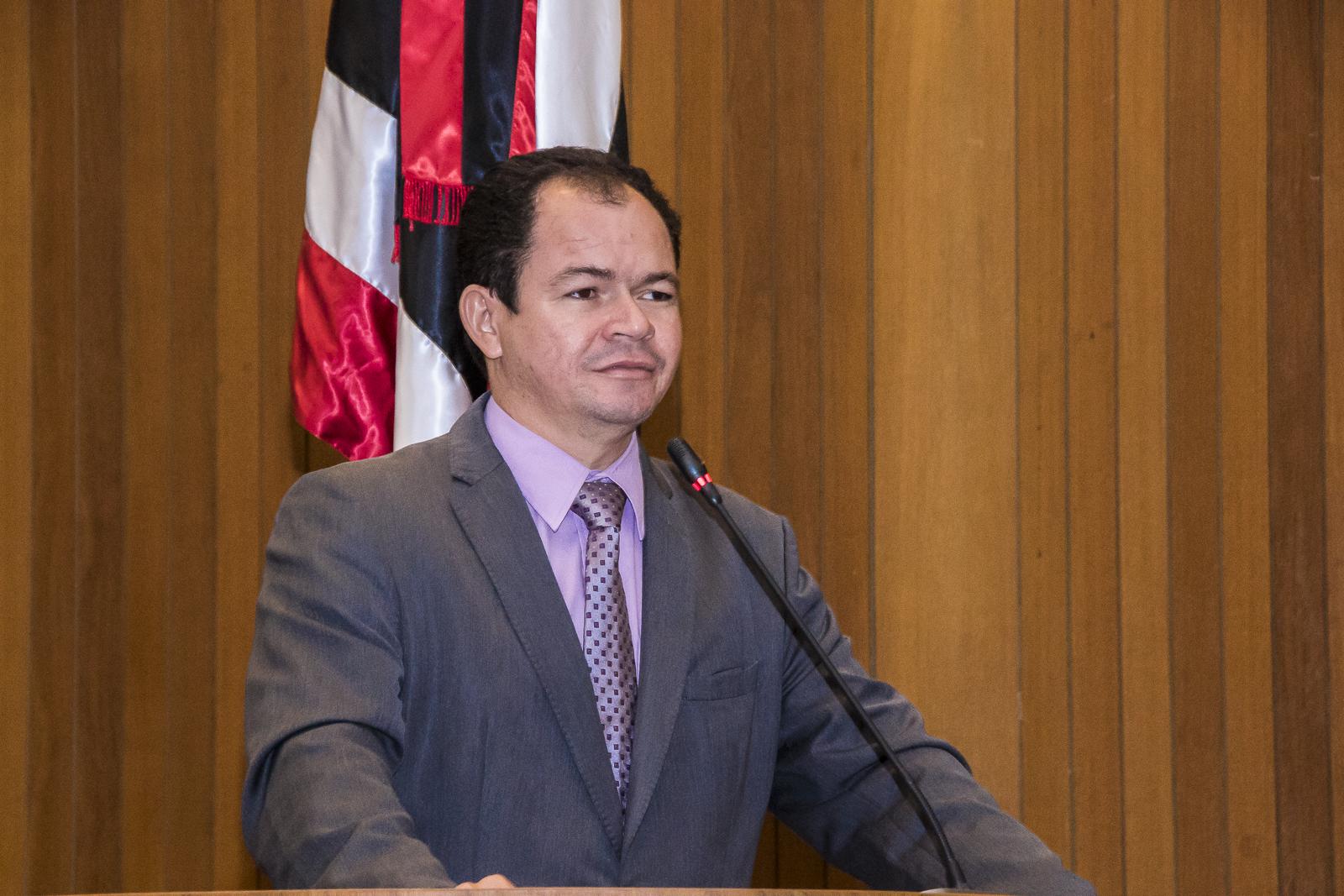 Rafael Leitoa contesta denúncia de falta de atendimento em hospital público