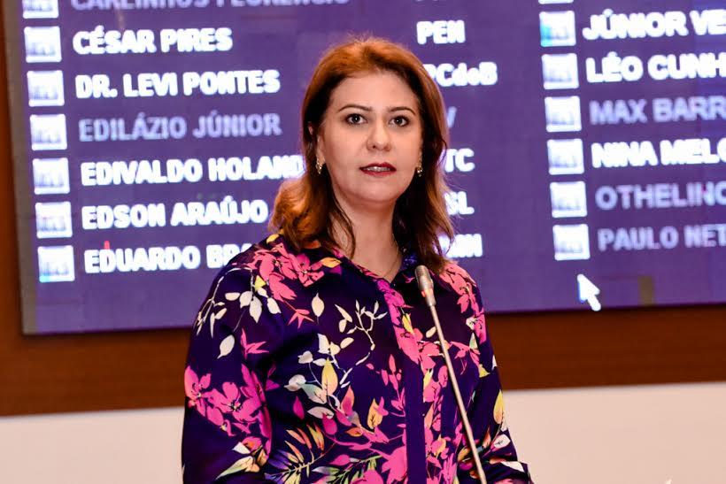Valéria parabeniza Governo pela agilidade das obras do Mais Asfalto em Imperatriz
