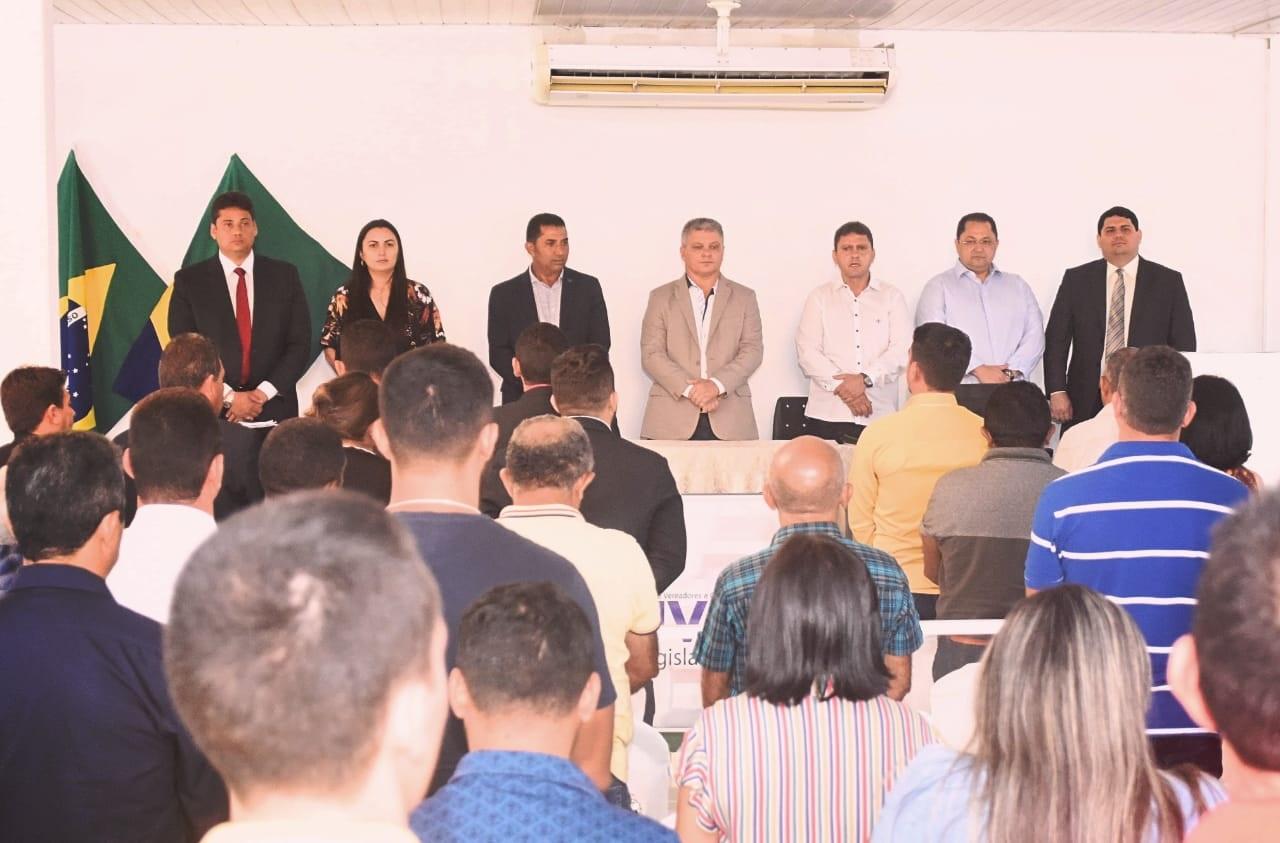 O Encontro de Vereadores do Médio Sertão contou com expressiva participação de lideranças da região