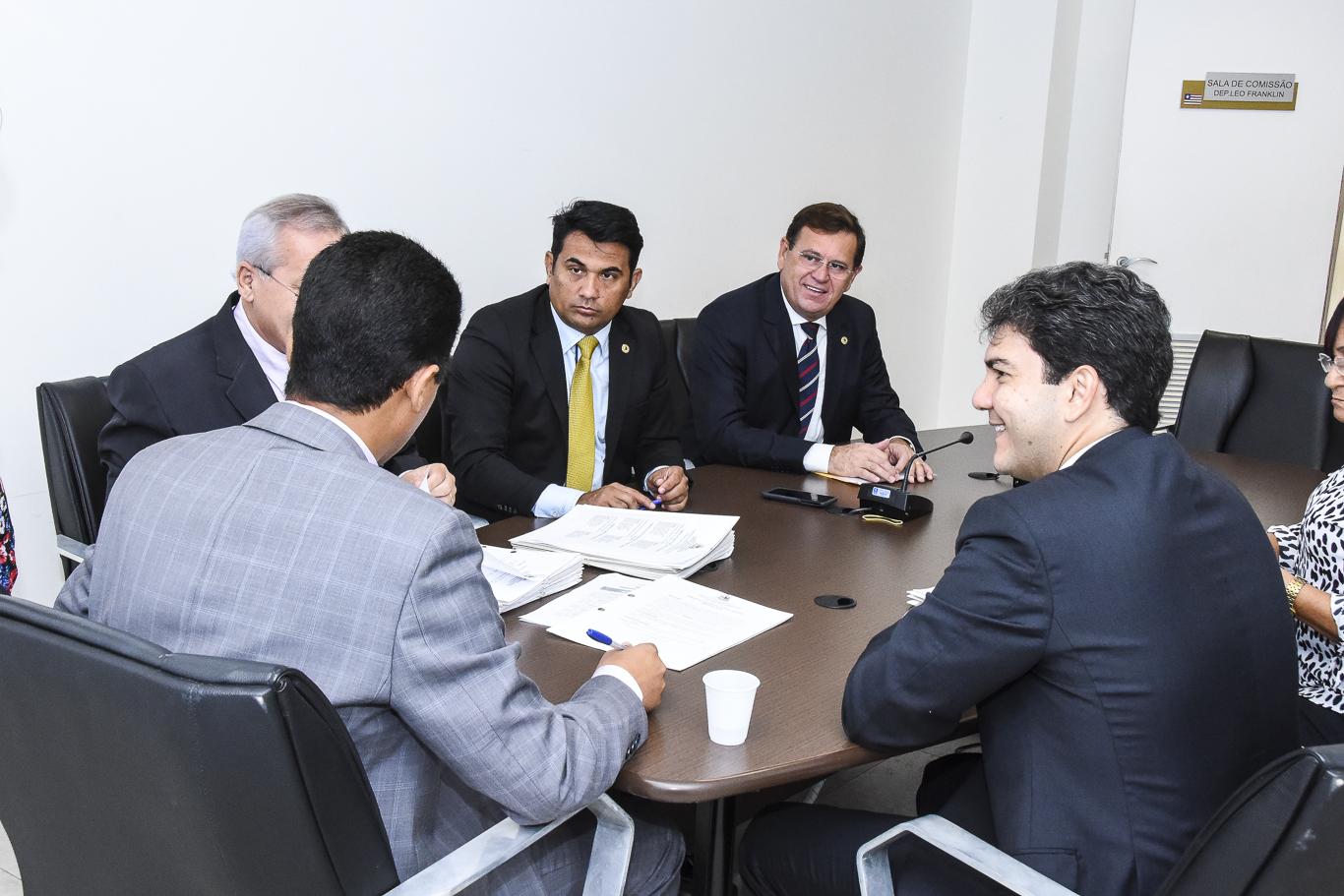 CCJ discute Medida Provisória que institui o Programa Maranhão Juros Zero