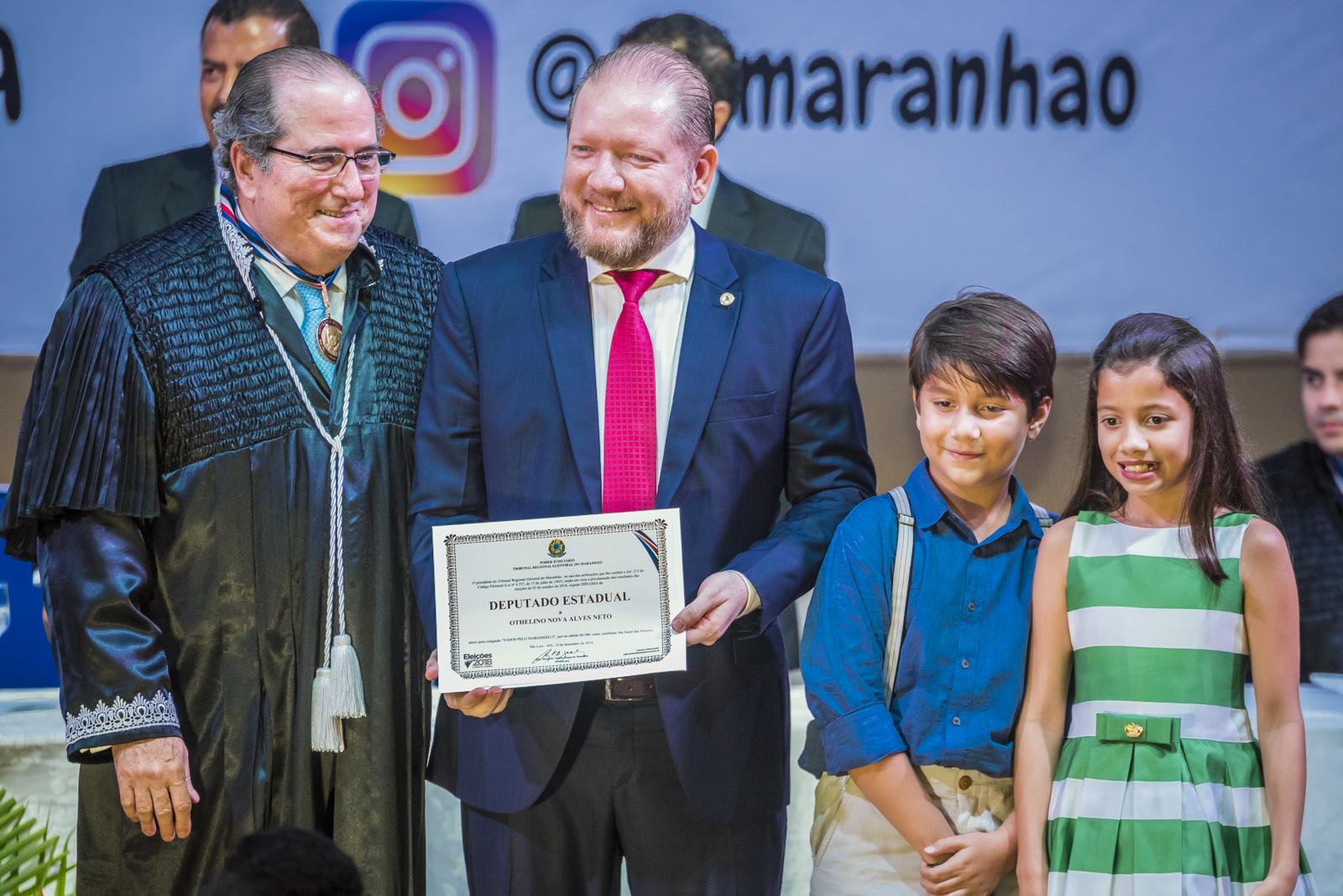 Othelino Neto é diplomado para o terceiro mandato de deputado estadual