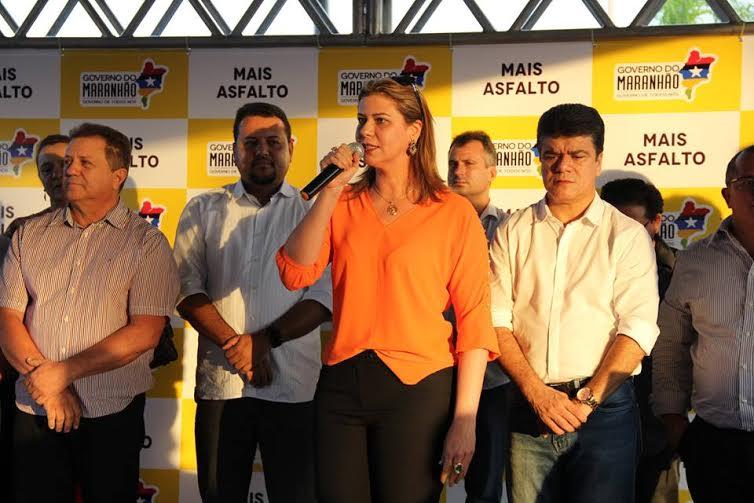 """Valeria Macedo participa do Lançamento do programa """"Mais Asfalto"""" em Porto Franco"""