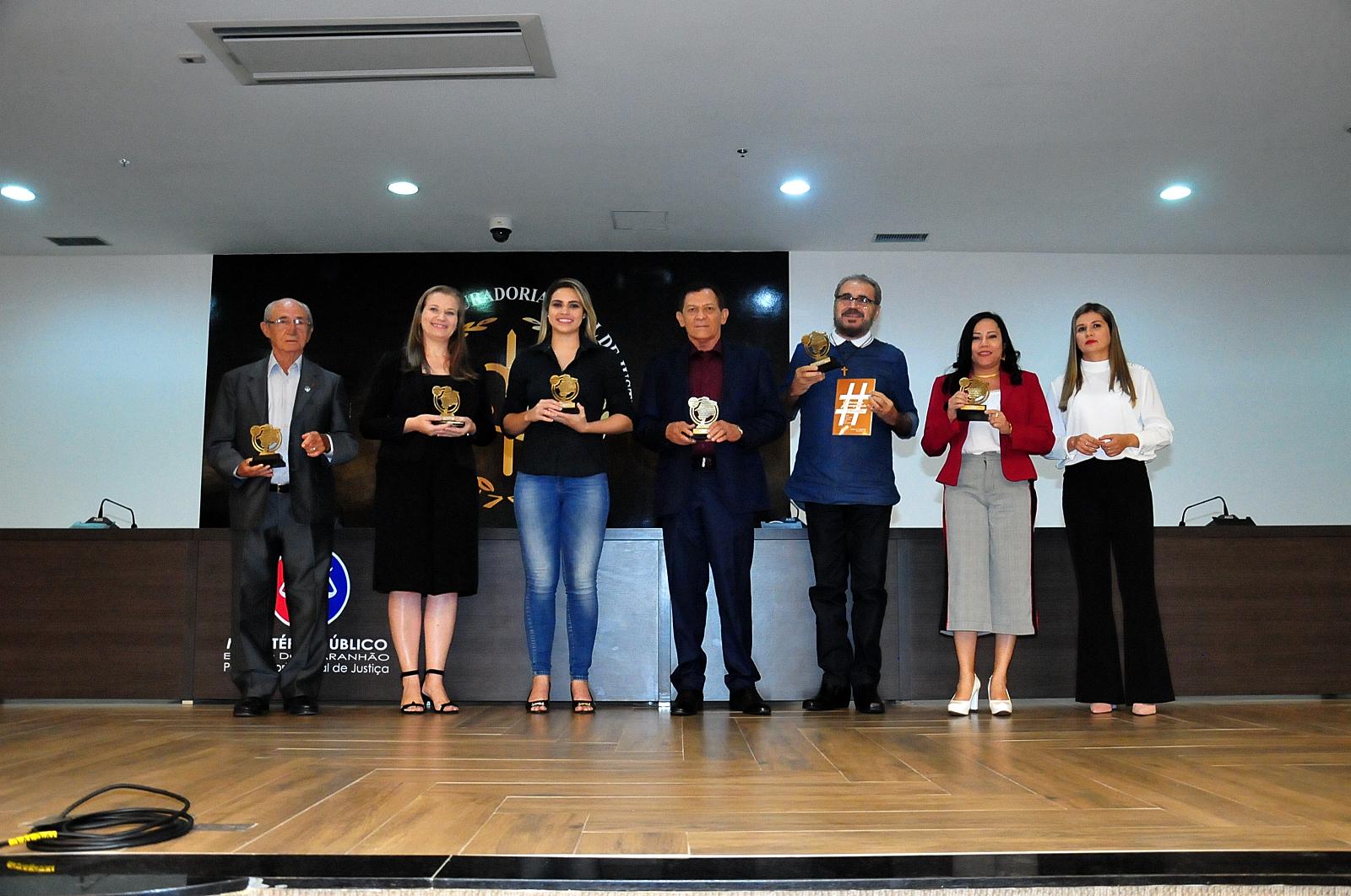 TV Assembleia recebe prêmio por contribuição às políticas públicas sobre drogas