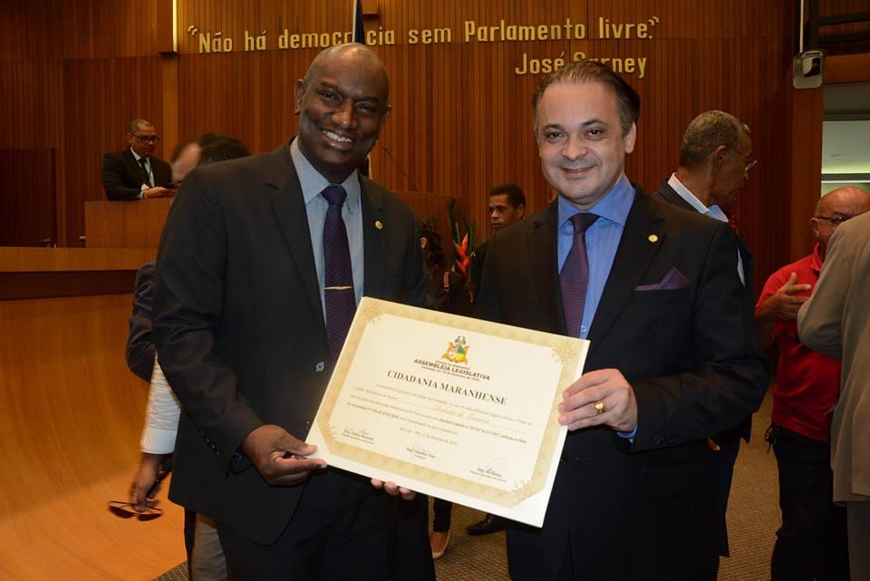 Cabo Campos participa de entrega de título Roberto de Lucena