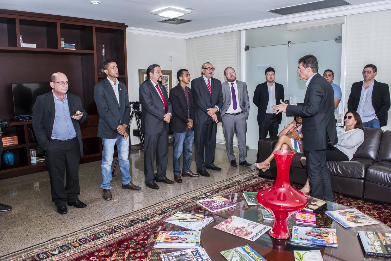 Deputados reúnem-se com vereadores da Câmara Municipal de Araioses